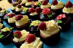 Chocolate Cupcake-Healthy Valentine's Dessert Idea